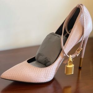 Tom Ford Python High Heel Pointed Toe Nude 39.5